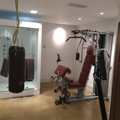 Home gym electrics in Baberton